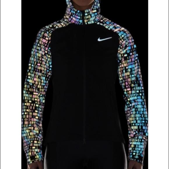 Nike Shield Flash reflective running jacket